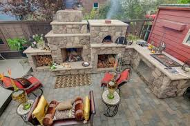 outdoor kitchen designs outdoor kitchen designs featuring pizza ovens fireplaces and