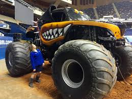 monster trucks shows 8news anchor evanne armour takes a spin at monster jam