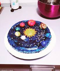 mesmerising galaxy cakes are the latest dessert trend to sweep