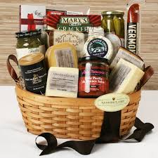 gourmet food gift baskets 28 best gift baskets images on deli food gourmet