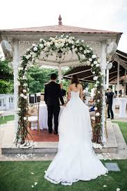 wedding arches singapore wedding flower budgeting truths and tips every needs to