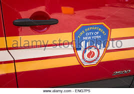 Fire Trucks Decorated For Christmas Fire Department Of New York Fdny Fire Truck Decorated For