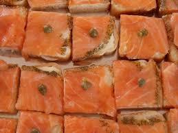 canap au saumon canapes au saumon et au jambon péchés très très gourmands