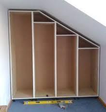 comment faire un placard dans une chambre faire ses placards soi même le sur mesure les combles et sous les