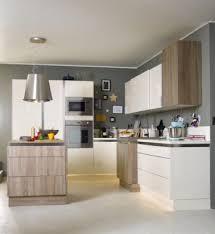 image peinture cuisine une peinture cuisine grise et élégante