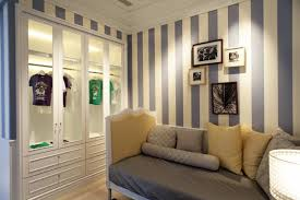 saveemail curtained mini dressing room how to turn a small
