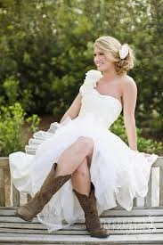 wedding dresses to wear with cowboy boots 73 best debutante images on wedding hairstyle wedding