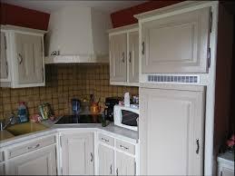 retaper sa cuisine cuisine ancienne repeinte awesome repeindre meuble cuisine