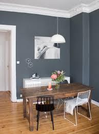 esszimmer inspiration vintage style tisch dunkle wand farbe 3