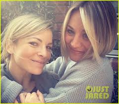 why kaley cucoo cut her hair kaley cuoco cuts her hair short debuts blonder bob hairdo photo