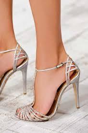 bridesmaid heels best 25 silver bridesmaid shoes ideas on silver