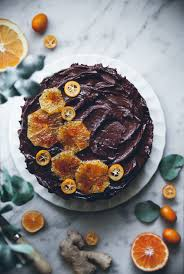 ginger cake with honey chocolate frosting