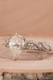 antique engagement ring settings best 25 pear engagement rings ideas on pinterest pear shaped
