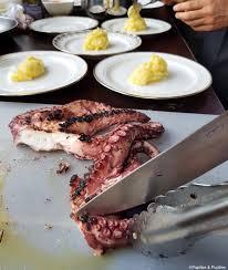 poulpe cuisine poulpe à la skordalia recette spéciale 140 ans de neff