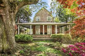 shingle style cottage shingle style victorian in elkins park asks 315k curbed philly