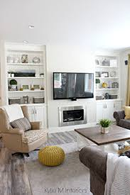 beautiful farmhouse country style living room with benjamin moore