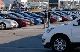 auto sales decline in october despite dealer discounts