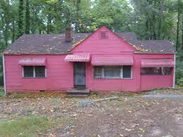 ugly house photos 2009 may little pink houses pinterest