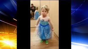 frozen dress for halloween dad lets son wear elsa costume for halloween 6abc com