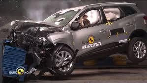 new renault kadjar renault kadjar awarded 5 stars in euro ncap crash test autoevolution
