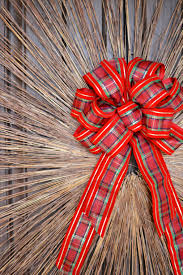 diy holiday stick wreath