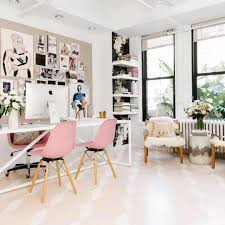 5 ways to keep a meeting on track office spaces feminine decor
