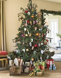 Decorate The Christmas Tree Lyrics O Christmas Tree Christmas Lyrics Songs Decoration Ideas