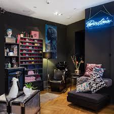 Wohnzimmer Bar W Zburg Telefonnummer Dominic Keller Home