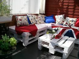 Pallet Cushions by Patio Furniture Made From Pallets White Seating Cushion Diy