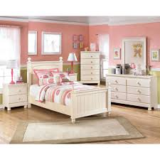 Ashley Signature Furniture Bedroom Sets by Signature Design By Ashley Cottage Retreat 5 Pc Youth Twin