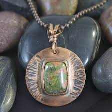 green stone necklace pendant images Copper round pendant orange green stone my gypsy store jpg