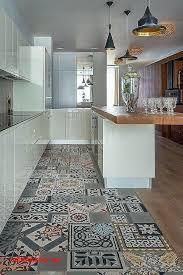 sol vinyl pour cuisine sol vinyle cuisine sur carrelage pour idees de deco de cuisine