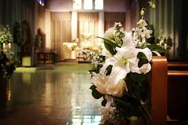 Pew Decorations For Weddings 9 Strikingly Simple Ideas On Church Decoration For Wedding