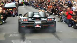koenigsegg ccxr trevita engine rare koenigsegg ccxr revs and burnout in london youtube