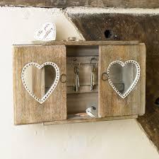 lükandustega võtmekapp home decor pinterest key cabinet