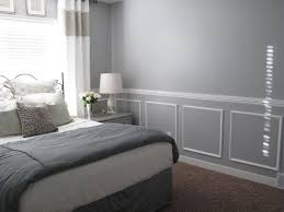 Grey Bedroom Chair by Best 25 Chair Rail Molding Ideas On Pinterest Crown Molding In