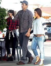 mila kunis pregnant ashton kutcher kiss cam clip day before baby
