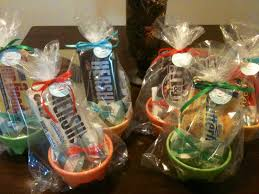 Good Gifts For Baby Shower I Like The Coffee And Mug Idea For Baby Shower Game Prize We Can
