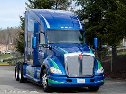 kenworth trucks photos t700 or t680 the truckers forum