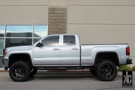 lifted gmc kc trends showcase fuel offroad d556 coupler matte black ddt
