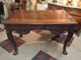 bureau en bois massif table bureau chine en bois massif sculpté fin xixe bureaux