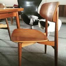 scandinavian chair help on this scandinavian chair