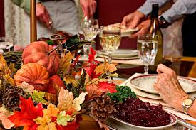 thanksgiving centerpieces and dining table ideas zing by