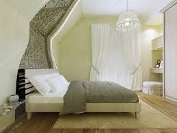 chambre avec miroir chambre avec miroir à motifs sur le mur incliné photographie
