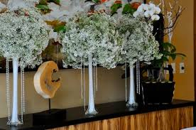 White Floral Arrangements Centerpieces by Baby U0027s Breath Wedding Trend Winter White Flowers How To Wire