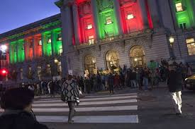 sf city hall lights what color is the right color for city hall san francisco chronicle