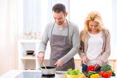 faisant l amour dans la cuisine amour cuisine inspiration de conception de maison