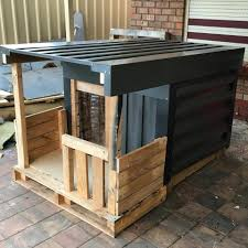 how to build a cool pallet dog house