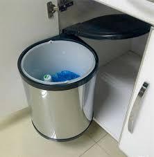 poubelle cuisine encastrable dans plan de travail poubelle castorama poubelle deco charmant poubelle cuisine