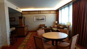 chambre golden forest sequoia lodge chambre n 6227 suite picture of disney s sequoia lodge coupvray